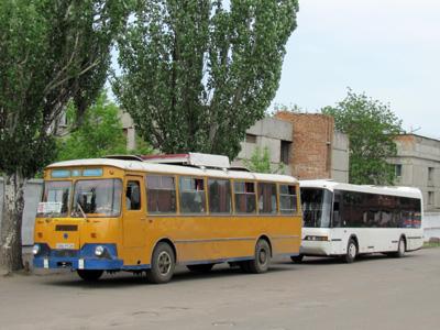 ЛиАЗ-677М и Neoplan N3016NF