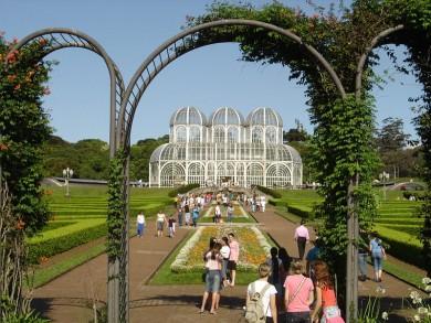 800px-Curitiba_Botanic_Garden.jpg