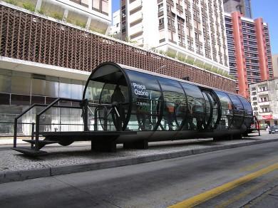 Bus_Stops_2_curitiba_brasil.jpg