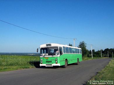 Автобус маршрута №4 на Дальних Яковцах