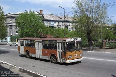 Не самый лучший троллейбус в Алчевске выглядит так