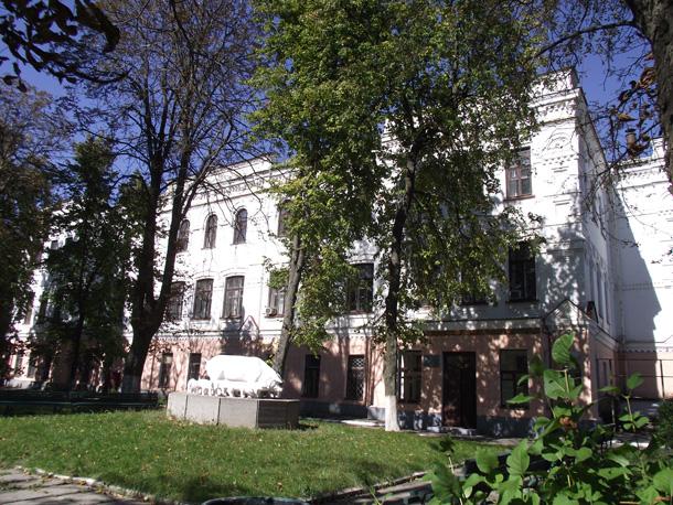 Полтавський інститут свинарства. Фото