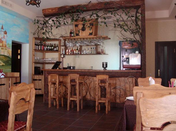 Интерьер кафе-бара «Лукоморье»