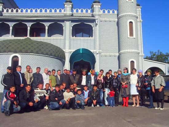 Праздничное мероприятие при мечети