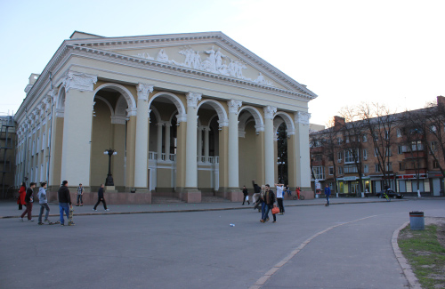 teatr.jpg
