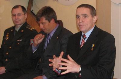 Леонід Каденюк на зустрічі з курсантами військового ліцею Кременчука