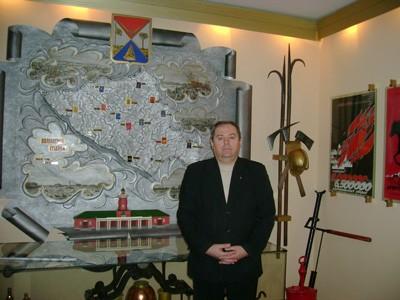 Завідувач пожежно-технічної виставки В'ячеслав Вишня