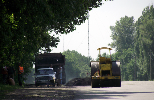 Полтавские дороги ремонтируют без графика