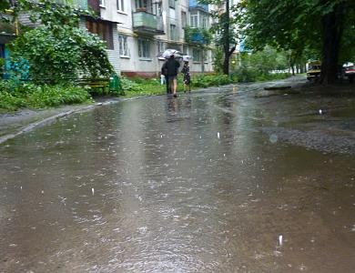 После дождей Кременчуг превратился в Венецию