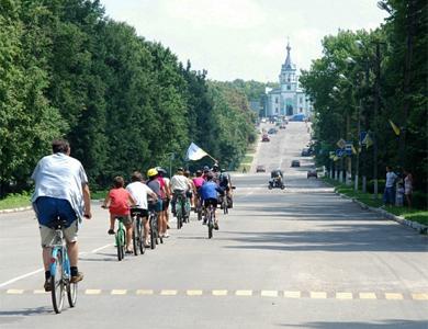У Кобеляках день міста відзначили велопробігом
