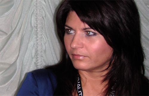 Ольга Буковин із іншим членом бельгійської делегації діляться планами щодо відвідування Полтави