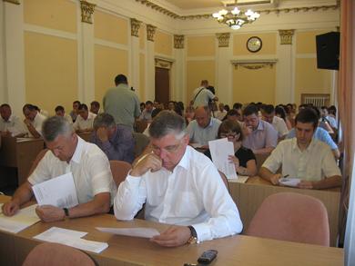 Депутати Полтави заплуталися в місцях для паркування