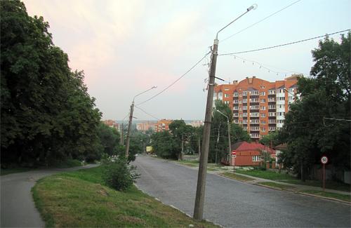 Аварийные столбы на улице Ленина в Полтаве
