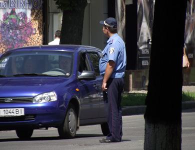 Центральна вулиця Полтави регулюється співробітниками ДАІ