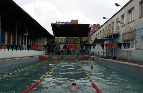 Басейн «Дельфін» у Полтаві