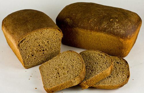 Детей в полтавских детсадах никто не хочет кормить хлебом