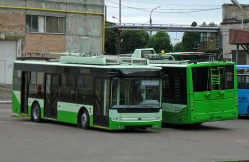 Новые троллейбусы «Богдан» на территории завода