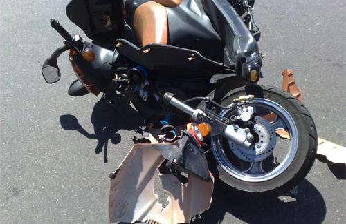 Розбитий скутер «Дефіант»