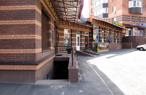 Помещение под магазин, ул. Ленина, 86а