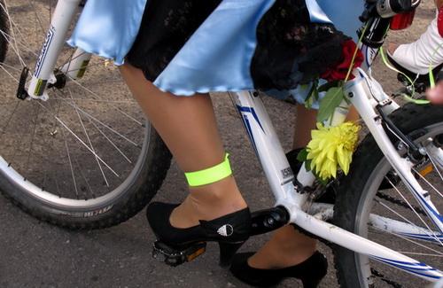 Лучшие друзья девушек — это... велосипеды