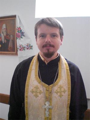 Священник Константин