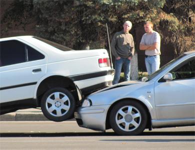 ДТП в Полтаве: автомобиль нырнул под автомобиль