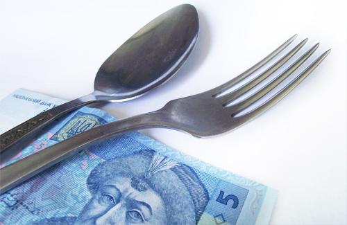 Відтепер полтавських школярів харчуватимуть на 5 гривень