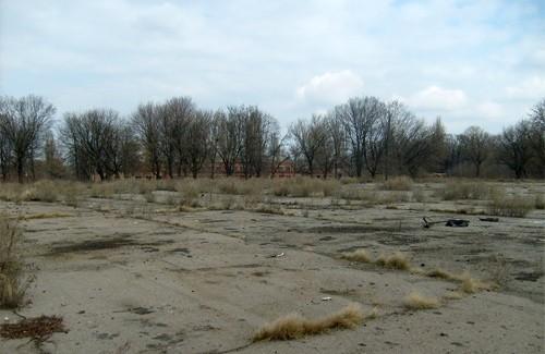 Плац на території колишніх артскладів