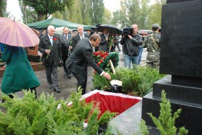 Останки радянських солдат перепоховали за християнськими традиціями