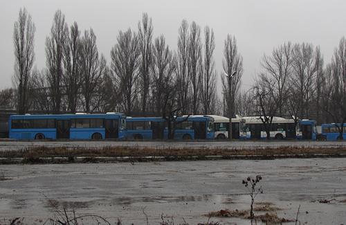 Автобусы «Полтавапасстранс» на территории «Полтаваагротранс»