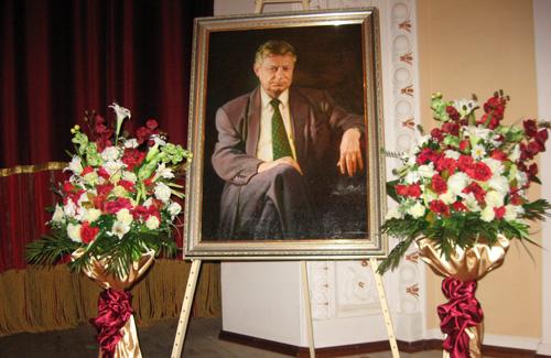 Сьогодні вшанували пам'ять першого мера Полтави Анатолія Кукоби