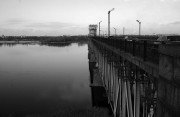 В Кременчуге неизвестный выбросился с моста в Днепр