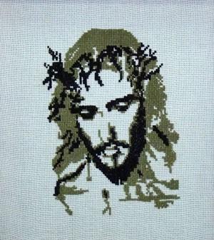 Вышитая картина «Иисус в терновом венке»