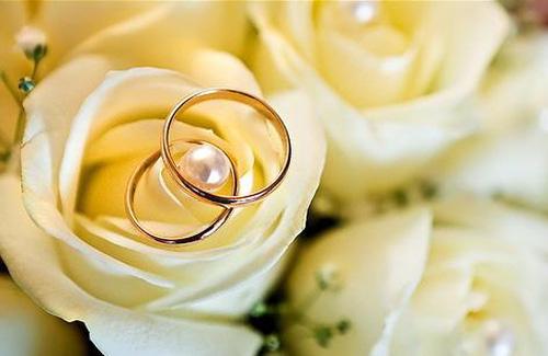 Кількість весіль 12 12 12 не поб є рекорд