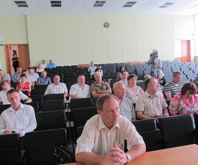 На Громадській раді сперечалися за реформу ЖКГ, але проголосували
