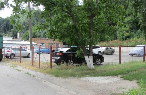 С полицейской стоянки украли семь автомобилей