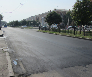 Дорожні роботи по вулиці Жовтнева