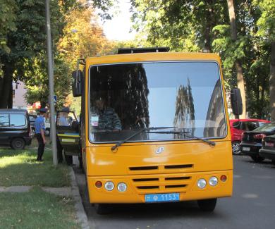 Автобус з «Беркутом»