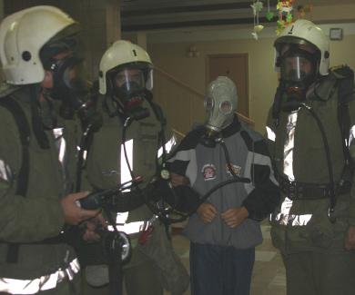 Полтавські рятувальники провели навчання у школі