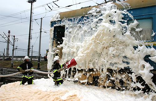 У Полтаві гасили пожежу в поїзді