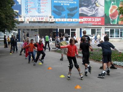 Так влітку тренуються гірськолижники з ДЮСШОР ім. Бутовського