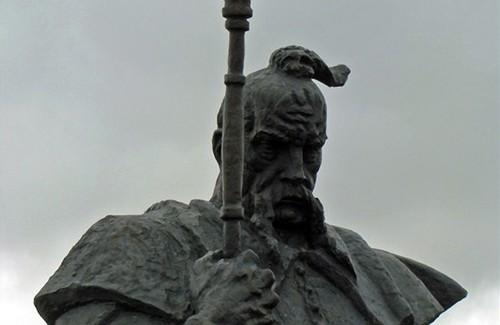 Пам'ятник останньому кошовому отаману Запорізької Січі Петру Калнишевському