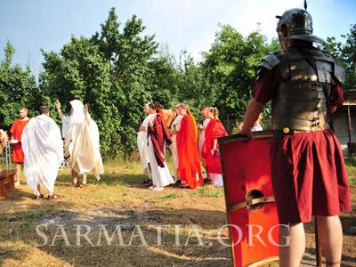 У Полтаві дівчата виходять заміж як стародавні римлянки