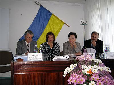 До обласного центру з'їхалися інфекціоністи з усієї України