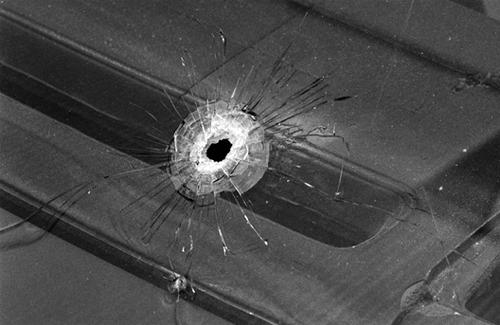Справа про розстріл Ніссана з автомата Калашнікова — на фінішній прямій