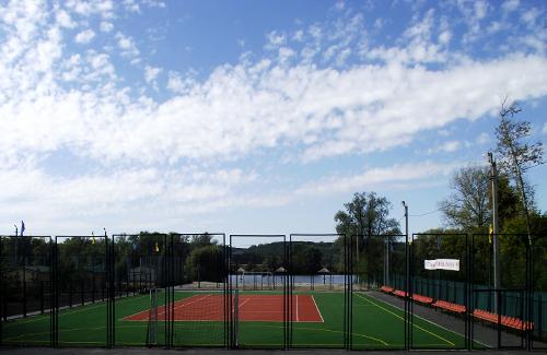 Учбово-спортивна база ОДЮСШ «Олімпійські надії»