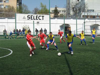 Вихованці школи-інтернату №1 люблять грати у футбол