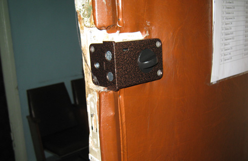 Вчора замок на дверях ТВК був замінений