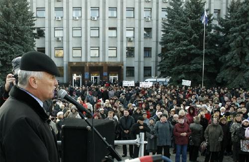 Кременчук мітингує: хто за гроші, хто за власним бажанням?