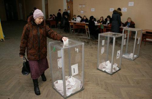 Виборці змінили свою думку щодо кандидатури міського голови
